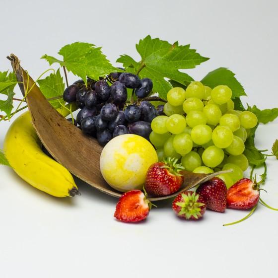 Witaminowa kula kąpielowa Banan, winogrono, truskawka